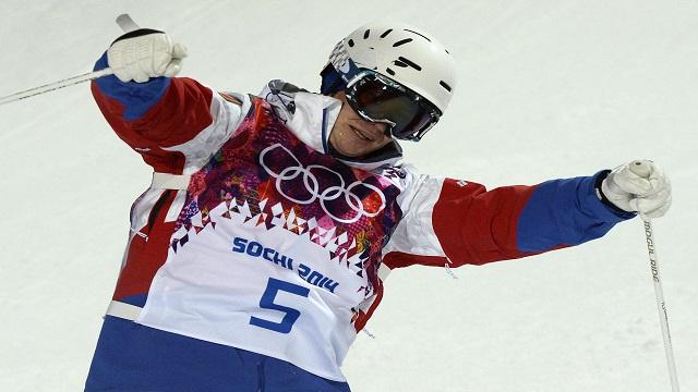 الروسي سميشلايف يهدي بلاده الميدالية السادسة في سوتشي