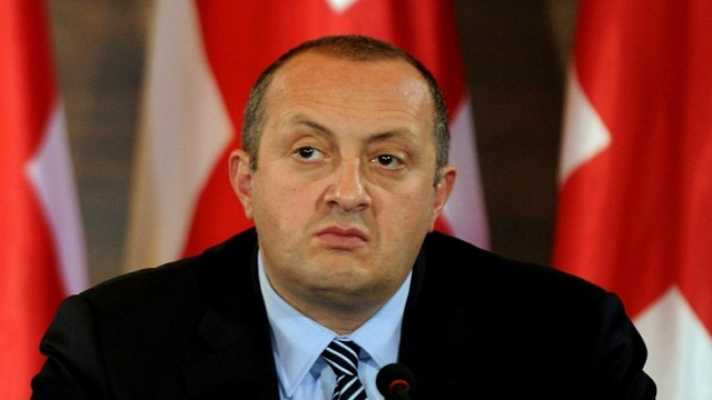 الرئيس الجورجي: سادرس بجدية إمكانية عقد لقاء مع الرئيس الروسي