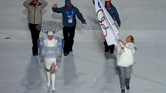 الهند تعود إلى الأسرة الأولمبية .. وترفع علمها في سوتشي 2014