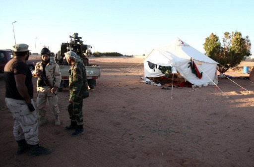 ليبيا.. مسلحون يختطفون ويطلقون سراح صحفيين في حين مصير 4 اخرين مازال مجهولاً