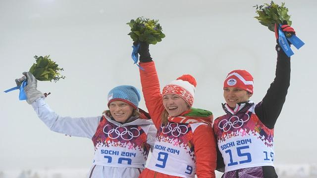 البيلاروسية دومراتشيفا تمنح بلادها أول ميدالية ذهبية في اولمبياد سوتشي