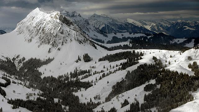 تحديد هوية رفاة متزلج في الألب السويسرية بعد 34 عاما من اختفائه