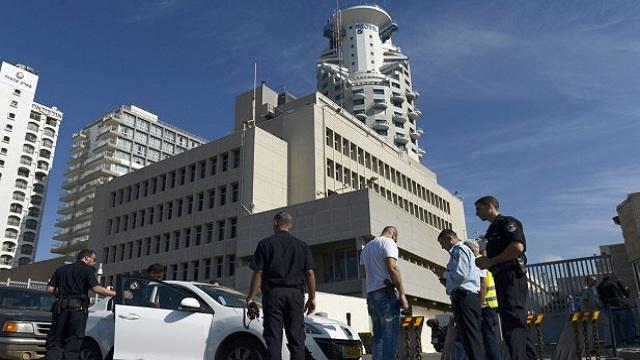 السفارة الأمريكية في القاهرة تؤكد احتجاز أحد موظفيها