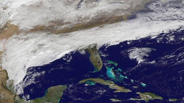 إعلان الطوارئ في 6 ولايات أمريكية تحسبا لعواصف ثلجية