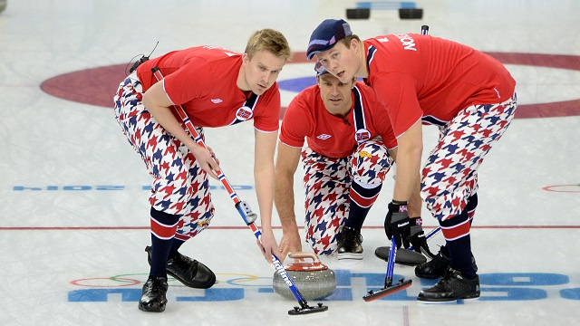 النرويج تواصل سلسلة انتصاراتها في مسابقة الكيرلينغ في أولمبياد سوتشي