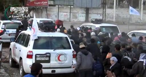 محافظ حمص: استئناف عملية اجلاء المدنيين وايصال المساعدات