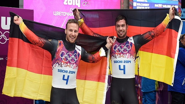 الثنائي الألماني ويندل وأرلت توبياس يتوج بذهبية سوتشي في الزحافات الثلجية