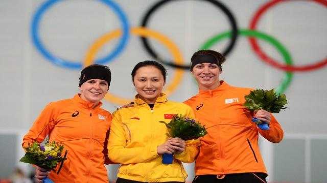 أولمبياد سوتشي.. الصينية هونغ تهدي بلادها ذهبية التزلج السريع (1000 متر)