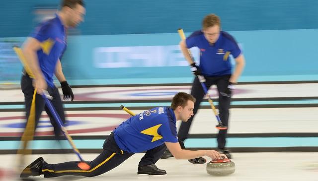السويد تلحق الهزيمة الأولى بالصين بالكيرلينغ في أولمبياد سوتشي
