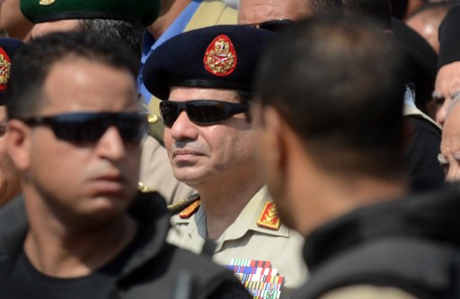 السيسي يؤكد لزيدان أن مصر لن تتساهل مع من يستهدف أمن ليبيا