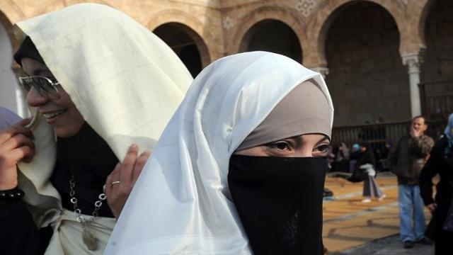 الداخلية التونسية تشدد الرقابة على النقاب