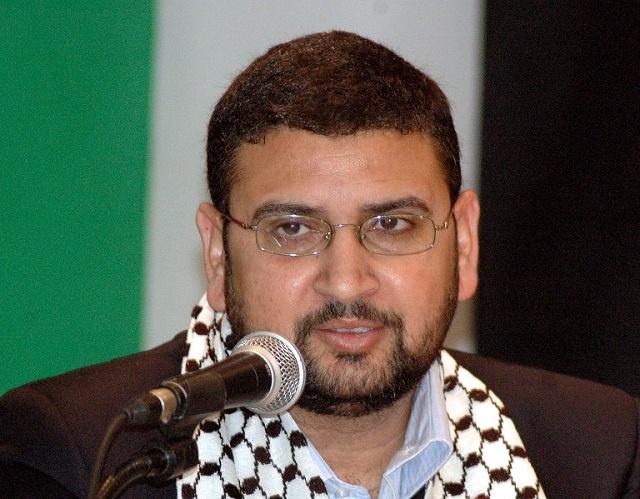 حماس ترفض أي وجود لقوات دولية وإسرائيل تتهمها بإطلاق صواريخ