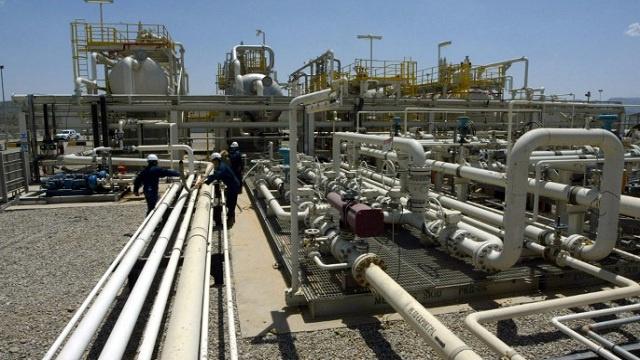 العراق والأردن يتفقان على مد أنبوب لنقل النفط من البصرة الى العقبة