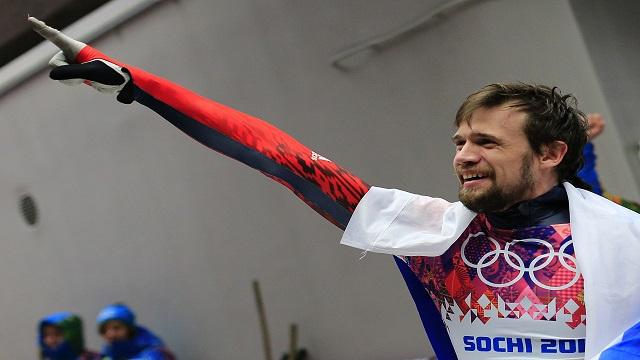 الروسي تريتياكوف يتوج بذهبية الزلاجات الصدرية في سوتشي
