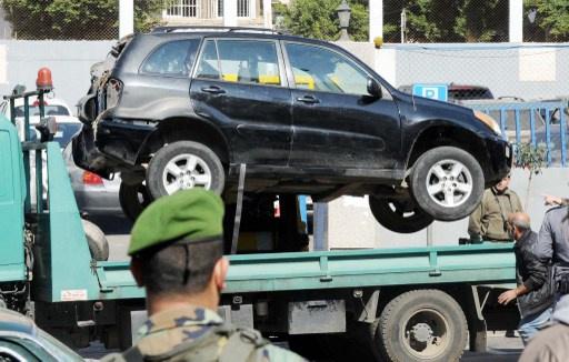 الجيش اللبناني يضبط سيارة مفخخة قادمة من سورية وبطريقها الى بيروت