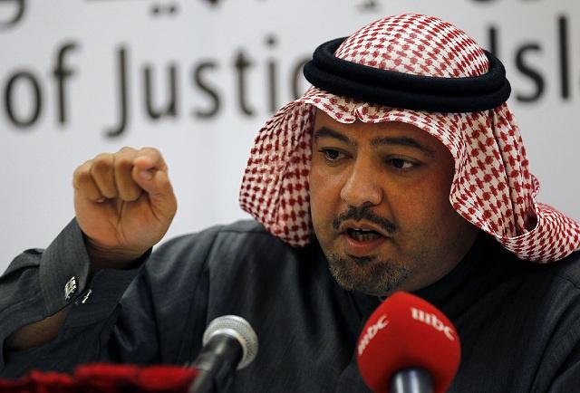 وزير العدل البحريني يتهم قيادات جمعية الوفاق بتشجيعهم للعنف