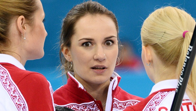 آمال سيدات روسيا تتضاءل في المنافسة على الميداليات الأولمبية للكيرلينغ