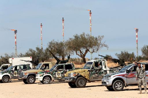 تراجع انتاج النفط الليبي الى 390 الف برميل يوميا بسبب اغلاق قبائل لانبوب نفط