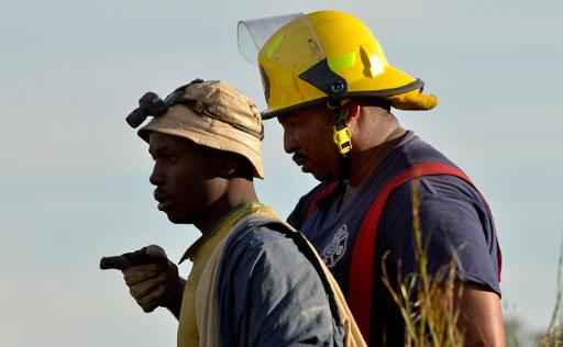 ايقاف عملية انقاذ عمال المنجم في جنوب افريقيا بعد رفض بعضهم الخروج منه