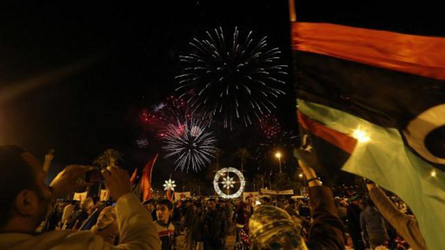 في ذكرى الثورة الليبية.. علي زيدان يدعو إلى بذل مزيد من الجهد لمواجهة الاستحقاقات القادمة