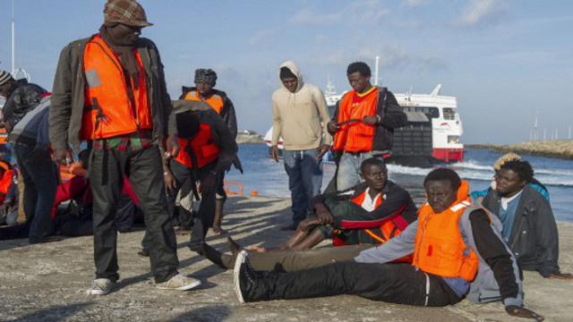 هجوم عشرات المهاجرين غير الشرعيين على مدينة مليلة