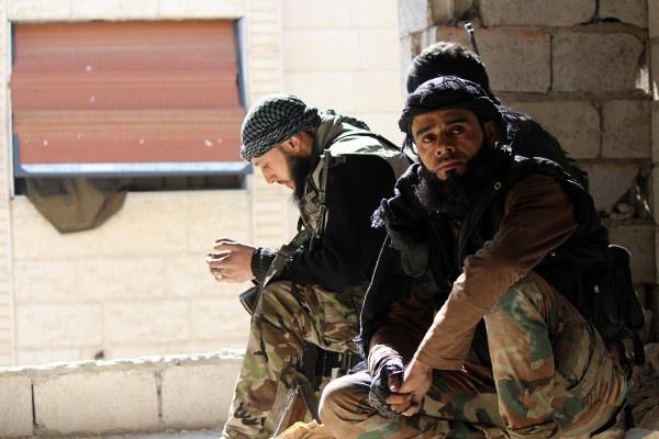 المخابرات البريطانية تخشى تكرار هجمات 2005 الإرهابية بلندن بعد عودة الجهاديين من سورية