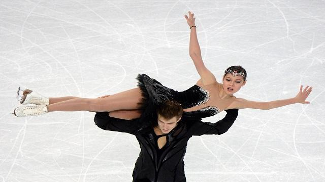 التزحلق الفني على الجليد.. إيلينيخ وكاسالابوف يمنحا روسيا الميدالية (18) في الأولمبياد