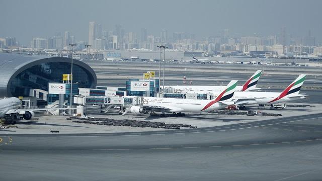 موسكو: الحالة الصحة للمضيفة الروسية المصابة بجروح في مطار دبي لا تثير القلق