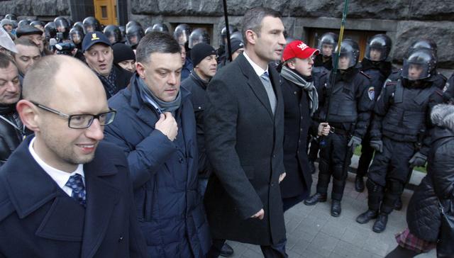 الخارجية الروسية تدعو المعارضة الأوكرانية للتخلي عن التهديدات والإنذارات