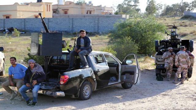 المؤتمر الوطني الليبي يؤكد رفضه محاولة الانقلاب على السلطة