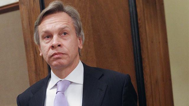 بوشكوف يعتبر دعوة بايدن الموجهة إلى يانوكوفيتش إشارة إلى المتطرفين