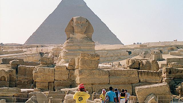 السياح الروس في مصر قلقون من تهديدات جماعة