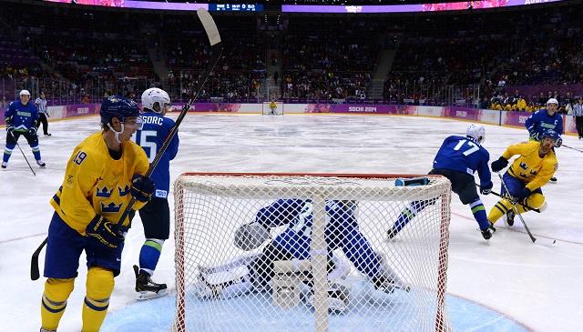 أولمبياد سوتشي .. السويد تبلغ المربع الذهبي لهوكي الجليد