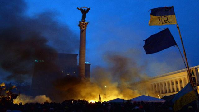 بوتين يدعو الغرب الى التخلي عن الاتهامات الموجهة للسلطات الأوكرانية والى إدانة المتطرفين