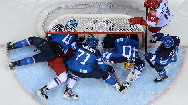 سوتشي.. فنلندا تقضي على أحلام روسيا في هوكي الجليد