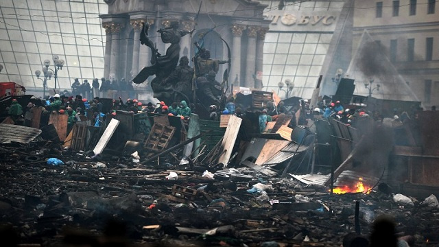 واشنطن تفرض عقوبات على 20 مسؤولا أوكرانياً