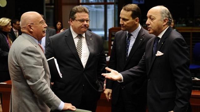 وزراء خارجية أوروبيون يزورون كييف قبل الاجتماع الطارئ للاتحاد الأوروبي بشأن أوكرانيا
