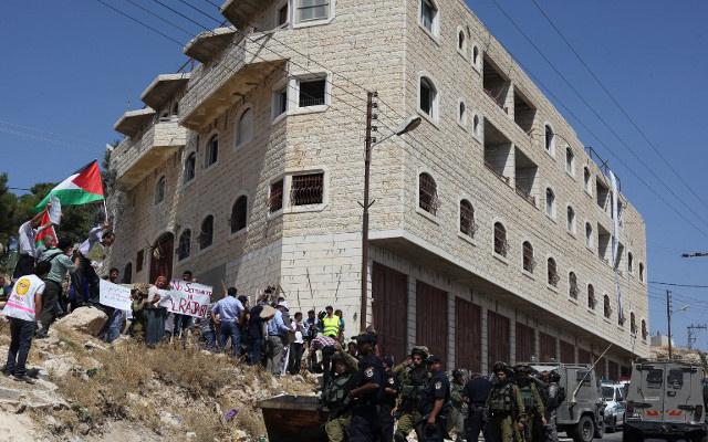 وزير الداخلية الإسرائيلي: الاستيطان في الأغوار سيبقى للأبد