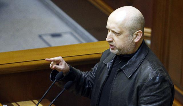 الرئيس الأوكراني المعين يأمر في البدء بتنفيذ العملية الأمنية في شرق البلاد