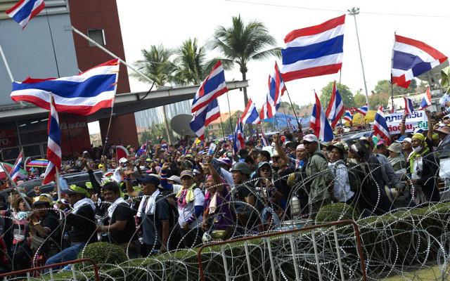 مقتل شخصين وإصابة 41 في تجمع مناوئ للحكومة بتايلاند