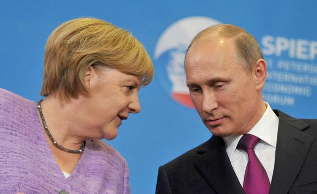 المانيا: ميركل وبوتين أكدا على ضرورة تشكيل حكومة فاعلة في أوكرانيا بأسرع ما يمكن