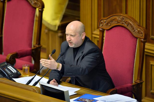 رئيس البرلمان الأوكراني يؤكد استعداده للحوار مع القيادة الروسية ويدعو الشعب لإنهاء المواجهات
