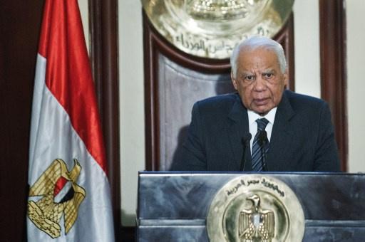 الببلاوي يعلن استقالة حكومته