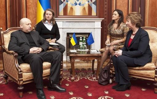 اشتون تلتقي الرئيس الاوكراني المعين تورتشينوف
