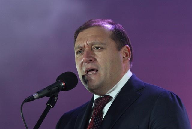 حليف سابق للمخلوع يعتزم الترشح للرئاسة الأوكرانية.. وتيموشينكو تتربص
