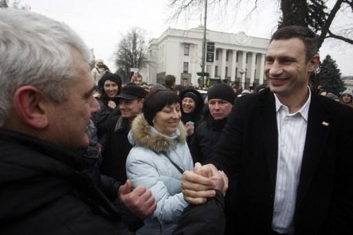 أحد زعماء الميدان يعلن ترشحه لرئاسة اوكرانيا.. وآخر يصف دخول الحكومة القادمة بالانتحار السياسي