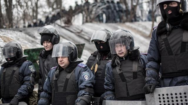 حل قوات الشرطة الخاصة