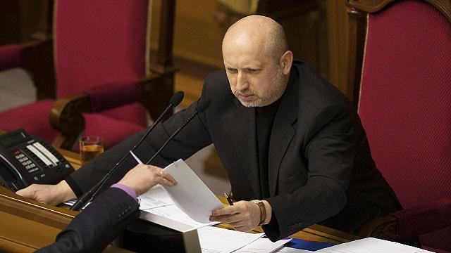 تورتشينوف يعلن نفسه قائدا عاما للقوات المسلحة الأوكرانية