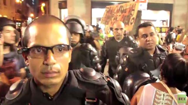 بالفيديو..الشرطة البرازيلية تضبط المظاهرات باستخدام تكنولوجيا