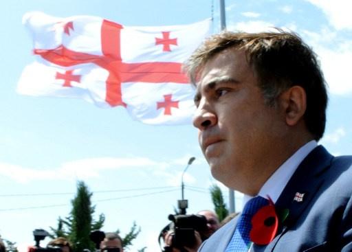 صحيفة جورجية تؤكد تورط ساكاشفيلي بوفاة رئيس الوزراء الأسبق جفاني